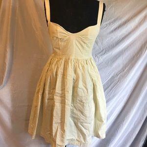 NWT Yellow seersucker sweetheart pinup dress